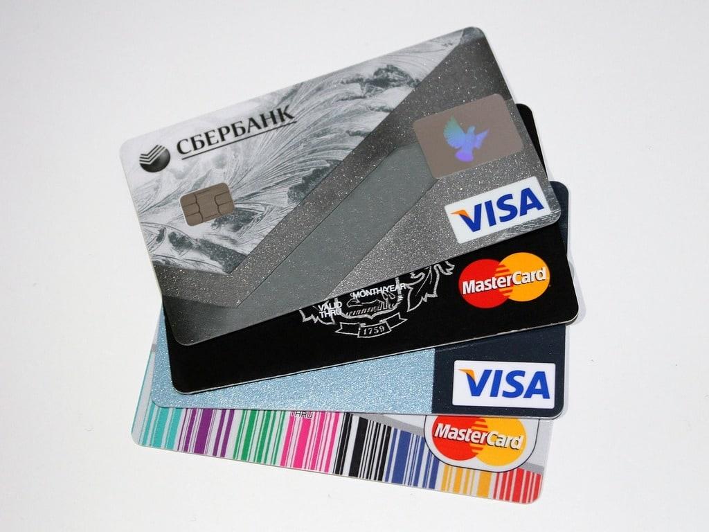 Comment savoir si je peux payer sans contact avec ma carte ?